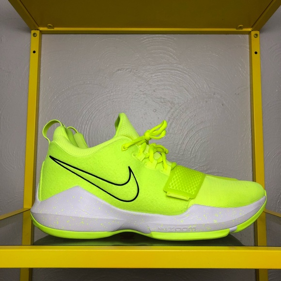 huge discount 58289 05321 Nike PG 1 Volt Tennis Ball Shoes Men's 11 Used PG1